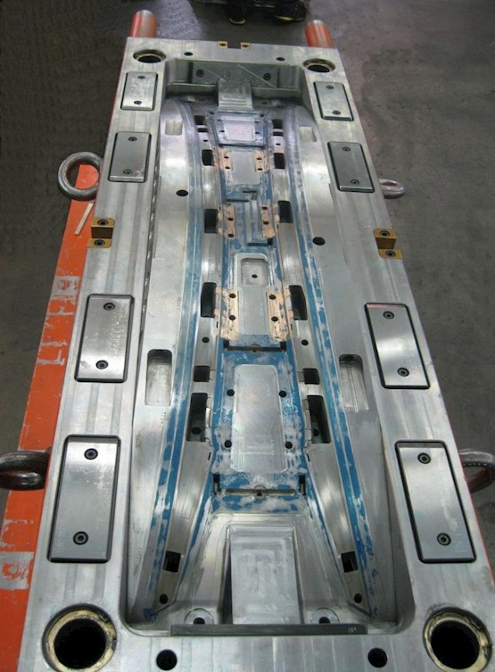 Thermoplastic Mould Maintenance